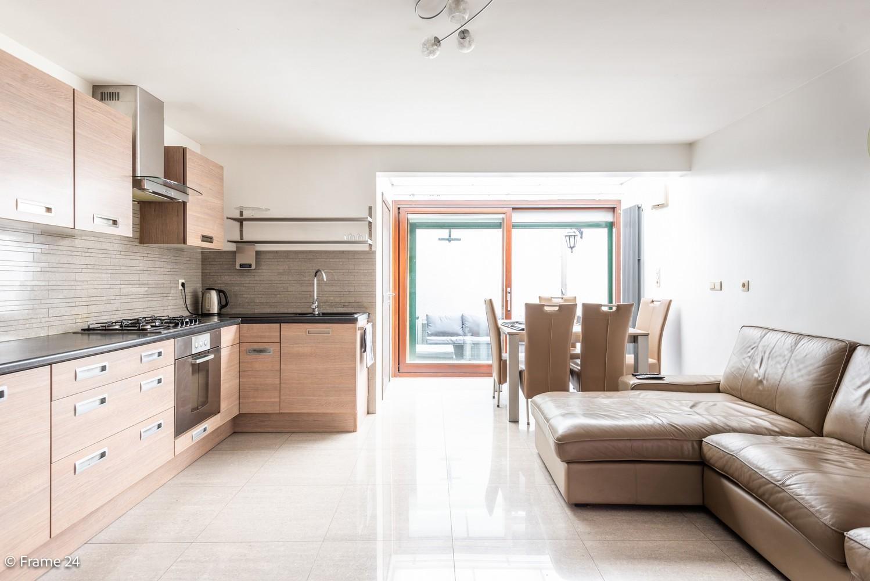 Ruime eengezinswoning (155 m²) met 4 slaapkamers op centrale ligging te Borgerhout! afbeelding 7