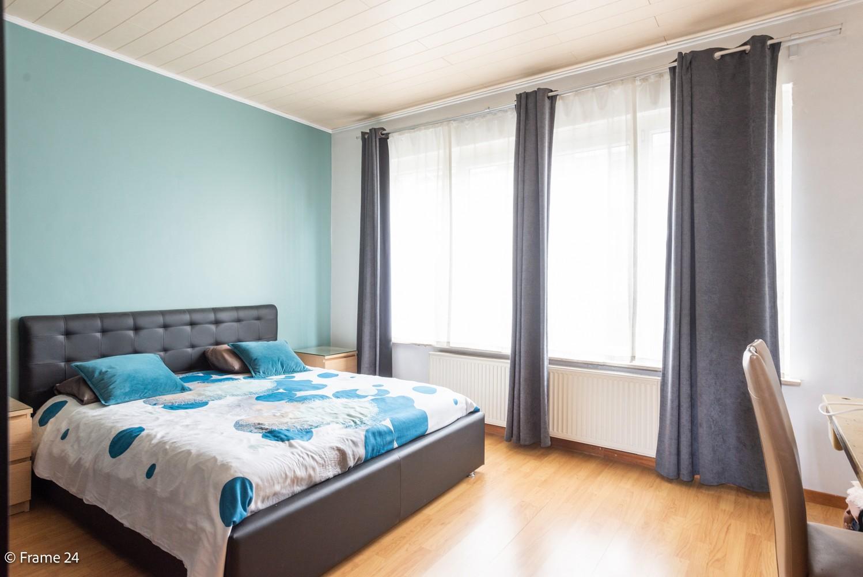 Ruime eengezinswoning (155 m²) met 4 slaapkamers op centrale ligging te Borgerhout! afbeelding 13