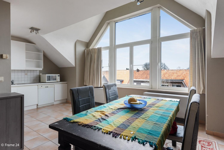 Prachtig appartement met 3 slaapkamers, terras & garage in Wuustwezel! afbeelding 5