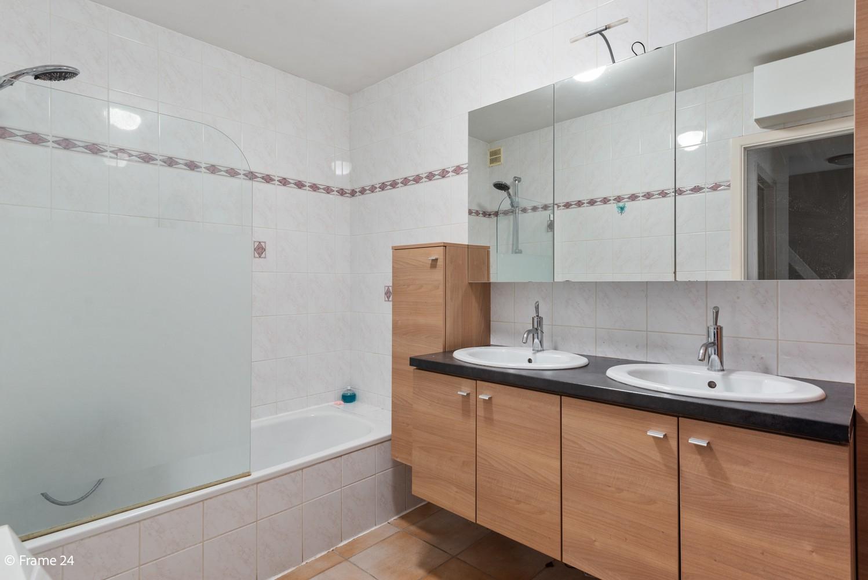 Prachtig appartement met 3 slaapkamers, terras & garage in Wuustwezel! afbeelding 13