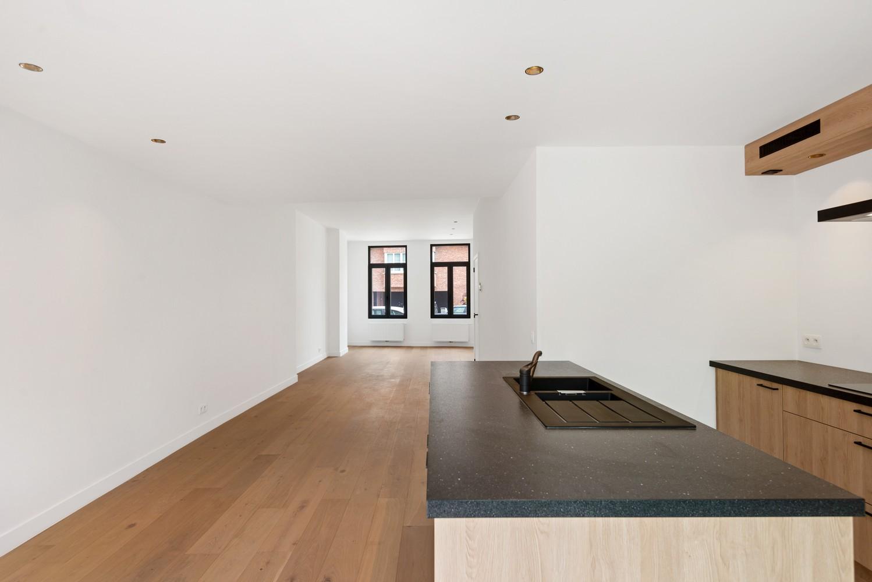 Volledig gerenoveerde woning met 3 slaapkamers op een gunstige locatie in Brasschaat! afbeelding 7
