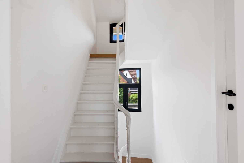 Volledig gerenoveerde woning met 3 slaapkamers op een gunstige locatie in Brasschaat! afbeelding 16