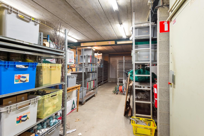 Groot winkelpand te koop met magazijn en buitenruimte te Kapellen! afbeelding 19