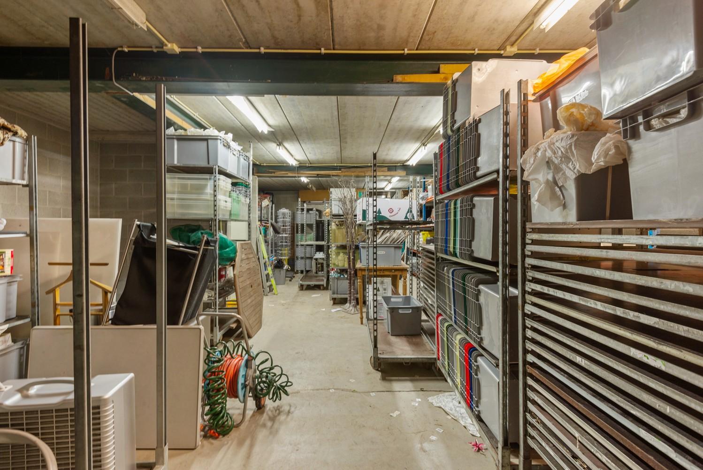 Groot winkelpand te koop met magazijn en buitenruimte te Kapellen! afbeelding 20